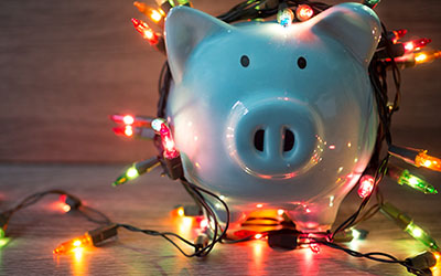 piggy bank with holiday lights